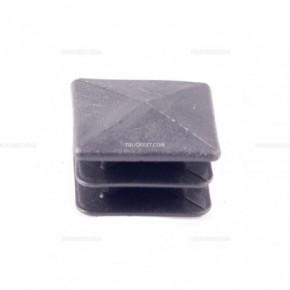 Tappo quadro in PVC 30 x 30 mm | Tappi in PVC | Ricambi veicoli industriali | Truckest.com