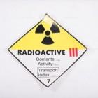 Adesivo ADR classe 7/C - Radioattivi CAT. 3 | Adesivi | Ricambi veicoli industriali | Truckest.com