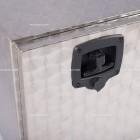 Cassetta in acciaio inox fiorettato | Cassette e accessori | Ricambi veicoli industriali | Truckest.com